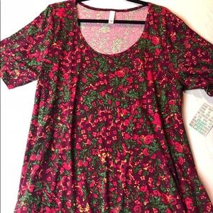 NWT Perfect T